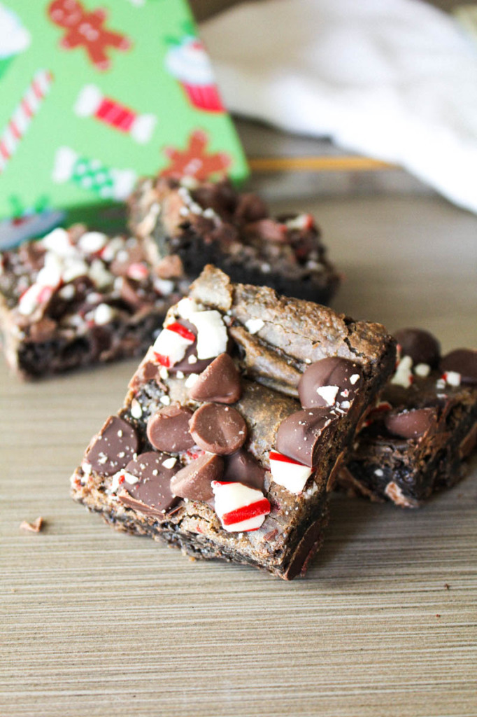 triple chocolate peppermint cookie bars-4